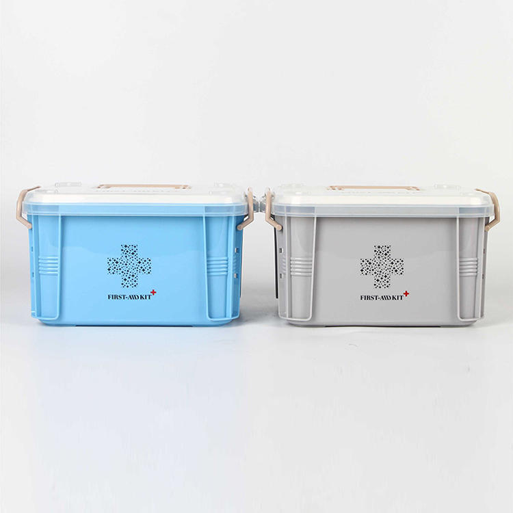 Two Sizes of Plastic Medicine Box Used for Organizing Medicine
