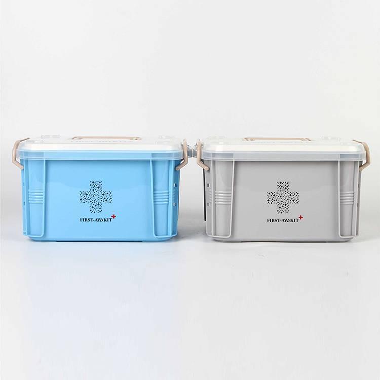 Two Sizes of Plastic Medicine Box Used for Organizing Medicine