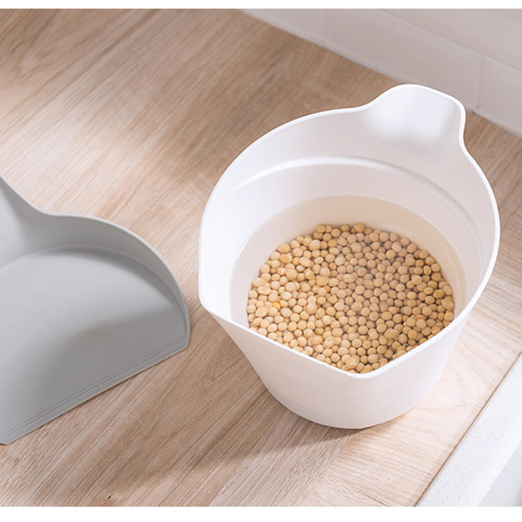 Multifunctional Trash Can Storage Bucket with a Lid