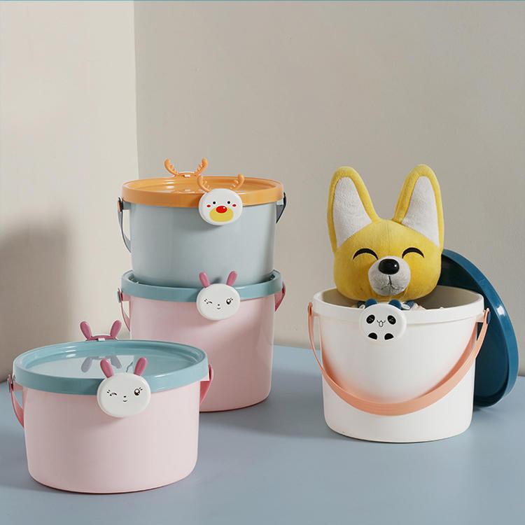 Cartoon portable storage bucket for children
