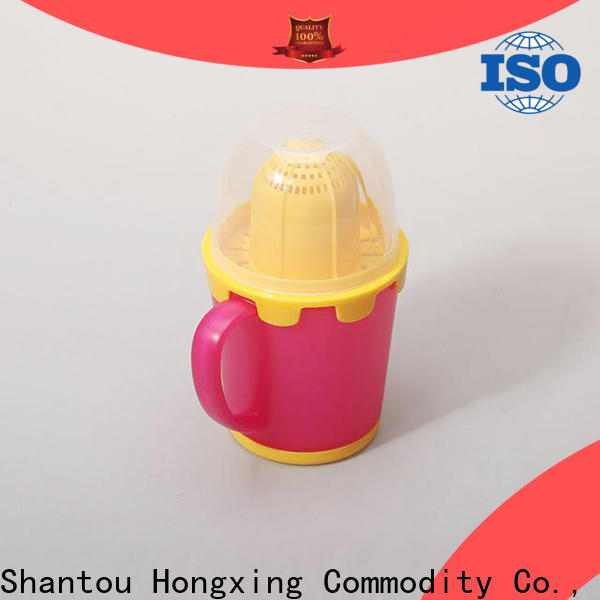 New arrival plastic mugs with handles sport from manufacturer for drinking