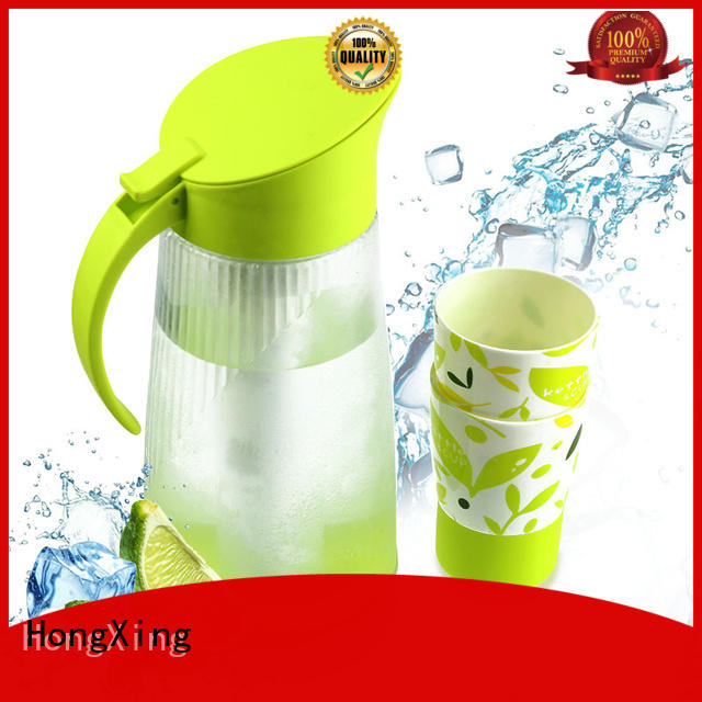 humanized design small plastic jug with lid 2300ml to store fruits