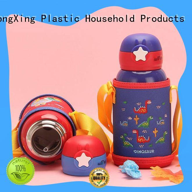 Cute plastic water bottles bottles with many colors to store fruits